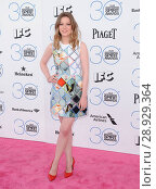 Gillian Jacobs at arrivals for 30th Film Independent Spirit Awards 2015 _ Arrivals 1, Santa Monica Beach, Santa Monica, CA February 21, 2015. Photo By: Dee Cercone/Everett Collection. Редакционное фото, фотограф Dee Cercone/Everett Collection / age Fotostock / Фотобанк Лори