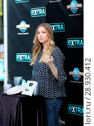 Купить «Whitney Port arrives at Universal Studios where she was interviewed by Charissa Thompson for television show 'Extra' Featuring: Whitney Port Where: Los...», фото № 28930412, снято 18 апреля 2017 г. (c) age Fotostock / Фотобанк Лори