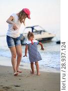 Купить «Children bathe in the sea», фото № 28937124, снято 6 июля 2018 г. (c) Типляшина Евгения / Фотобанк Лори