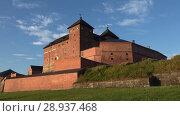 Купить «Замок Хяме крупным планом июльским утром. Хямеэнлинна, Финляндия», видеоролик № 28937468, снято 24 июля 2018 г. (c) Виктор Карасев / Фотобанк Лори
