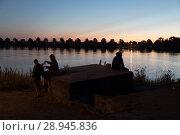 Купить «Poland, Mikoszewo, Dusk on the Vistula (Wysla)», фото № 28945836, снято 28 августа 2015 г. (c) Caro Photoagency / Фотобанк Лори