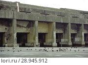 Купить «France, The bunker facility for German submarines in the port of La Pallice», фото № 28945912, снято 12 июля 2004 г. (c) Caro Photoagency / Фотобанк Лори
