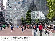 Купить «Rotterdam, Netherlands, market hall in Rotterdam», фото № 28948032, снято 23 июля 2017 г. (c) Caro Photoagency / Фотобанк Лори