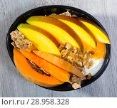 Купить «Breakfast with pumpkin and mango.», фото № 28958328, снято 16 августа 2018 г. (c) Яков Филимонов / Фотобанк Лори