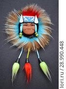 Сувенирное украшение маска красивой девушки народов Севера. Стоковое фото, фотограф александр афанасьев / Фотобанк Лори