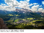 Cortina d'Ampezzo, view from the slopes of the mountains (2018 год). Стоковое фото, фотограф Юлия Кузнецова / Фотобанк Лори