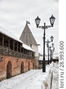 Купить «Крепостная стена и Юго-Западная башня Казанского кремля», фото № 28993600, снято 3 января 2018 г. (c) Юлия Бабкина / Фотобанк Лори