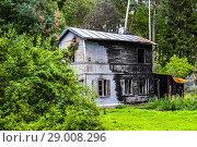 Купить «Burnt house in Jurmala, Latvia, Europe.», фото № 29008296, снято 19 августа 2018 г. (c) age Fotostock / Фотобанк Лори