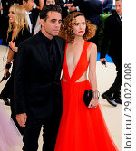 Купить «****File Photos** Actors ROSE BYRNE and BOBBY CANNAVALE are celebrating the birth of their second child, according to new reports. Sources tell People...», фото № 29022008, снято 1 мая 2017 г. (c) age Fotostock / Фотобанк Лори