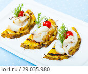 Купить «Cuttlefish grilled with pineapple», фото № 29035980, снято 17 октября 2018 г. (c) Яков Филимонов / Фотобанк Лори