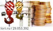Купить «Панорама строительства на фоне денег», фото № 29053392, снято 23 июля 2019 г. (c) Сергеев Валерий / Фотобанк Лори