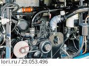 Купить «Internal combustion engine operating on gas fuel», фото № 29053496, снято 18 октября 2017 г. (c) Андрей Радченко / Фотобанк Лори