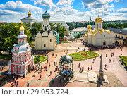 Купить «Вид на Лавру с высоты колокольни», фото № 29053724, снято 9 августа 2018 г. (c) Baturina Yuliya / Фотобанк Лори