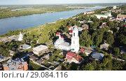 Купить «Panoramic aerial view historical part of the Murom with Oka, Russia», видеоролик № 29084116, снято 28 июня 2018 г. (c) Яков Филимонов / Фотобанк Лори