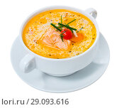 Купить «Norwegian creamy soup with salmon», фото № 29093616, снято 19 июля 2019 г. (c) Яков Филимонов / Фотобанк Лори