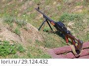 Купить «Ручной пулемет в окопе», фото № 29124432, снято 20 сентября 2018 г. (c) Игорь Долгов / Фотобанк Лори