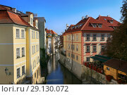 Prague, Czech Republic, September 20, 2018. City landscape view of the Mala Strana in Kampa. Редакционное фото, фотограф Яна Королёва / Фотобанк Лори
