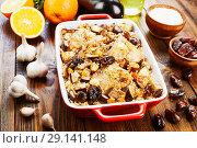 Купить «Chicken thigh baked with rice, eggplant and figs», фото № 29141148, снято 11 марта 2018 г. (c) Надежда Мишкова / Фотобанк Лори