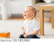 Купить «little baby boy at home», фото № 29183960, снято 12 мая 2018 г. (c) Syda Productions / Фотобанк Лори