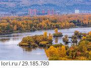 Купить «Красноярск, городской пейзаж», фото № 29185780, снято 23 марта 2019 г. (c) Владимир Пойлов / Фотобанк Лори