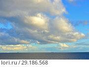 Купить «Живописные облака над морем. Вечер», фото № 29186568, снято 24 сентября 2018 г. (c) Валерия Попова / Фотобанк Лори