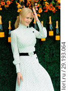 Купить «The Tenth Annual Veuve Clicquot Polo Classic at Liberty State Park - Red Carpet Arrivals Featuring: Nicole Kidman Where: Jersey City, New Jersey, United...», фото № 29193064, снято 4 июня 2017 г. (c) age Fotostock / Фотобанк Лори