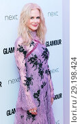 Купить «The Glamour Women of The Year Awards at Berkeley Square in London - Arrivals Featuring: Nicole Kidman Where: London, United Kingdom When: 06 Jun 2017 Credit: WENN.com», фото № 29198424, снято 6 июня 2017 г. (c) age Fotostock / Фотобанк Лори