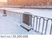 Купить «Griboyedov Canal coast at winter day», фото № 29200608, снято 22 февраля 2018 г. (c) EugeneSergeev / Фотобанк Лори