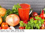 Купить «Домашняя аджика с яблоками», фото № 29215076, снято 11 октября 2018 г. (c) Наталия Кузнецова / Фотобанк Лори