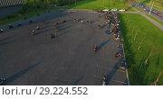 Купить «Мотоциклисты тренируются на парковке, Стрельна, Санкт-Петербург», видеоролик № 29224552, снято 30 мая 2018 г. (c) Кекяляйнен Андрей / Фотобанк Лори