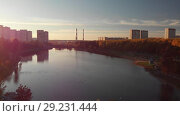 Купить «Flight On the Sunset over Shkolnoe lake in Zelenograd of Moscow, Russia», видеоролик № 29231444, снято 22 августа 2019 г. (c) Володина Ольга / Фотобанк Лори