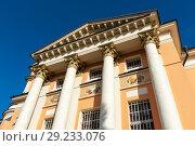 Купить «Церковь святой Варвары в Зарядье. Москва», эксклюзивное фото № 29233076, снято 14 сентября 2018 г. (c) Александр Щепин / Фотобанк Лори