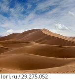 Big sand dunes in Sahara desert (2018 год). Стоковое фото, фотограф Михаил Коханчиков / Фотобанк Лори