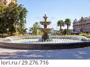 Купить «Фонтан в парке Вахида. Баку. Азербайджан», фото № 29276716, снято 23 сентября 2018 г. (c) Евгений Ткачёв / Фотобанк Лори