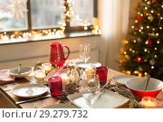 Купить «table served for christmas dinner at home», фото № 29279732, снято 14 декабря 2017 г. (c) Syda Productions / Фотобанк Лори