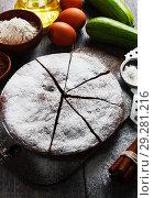 Купить «Zucchini cake with cocoa powder», фото № 29281216, снято 12 октября 2018 г. (c) Надежда Мишкова / Фотобанк Лори
