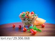 Купить «A warm salad of baked eggplant and peppers with cherry tomatoes», фото № 29306068, снято 14 августа 2018 г. (c) Peredniankina / Фотобанк Лори