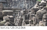 Купить «Candi Prambanan or Candi Rara Jonggrang is an 9th-century Hindu temple compound in Central Java, Indonesia», видеоролик № 29312064, снято 11 октября 2008 г. (c) Куликов Константин / Фотобанк Лори