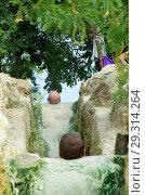 Купить «Каскад сероводородных ванн на горе Машук. Пятигорск», фото № 29314264, снято 12 августа 2012 г. (c) Oles Kolodyazhnyy / Фотобанк Лори