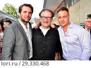 Pierre Kiwitt, Rainer Bach, Tom Wlaschiha at Produzentenfest at Haus... (2018 год). Редакционное фото, фотограф AEDT / WENN.com / age Fotostock / Фотобанк Лори