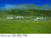 Купить «Landscape viewed from train of Trans-Tibetan Railway, Tibet, China», фото № 29356756, снято 16 июня 2019 г. (c) age Fotostock / Фотобанк Лори