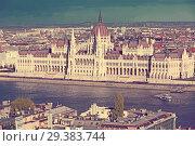 Купить «View of Budapest with Hungarian Parliament», фото № 29383744, снято 29 октября 2017 г. (c) Яков Филимонов / Фотобанк Лори