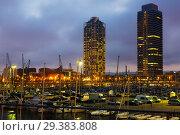 Купить «Twilight view of new seaside of Barcelona», фото № 29383808, снято 7 августа 2015 г. (c) Яков Филимонов / Фотобанк Лори