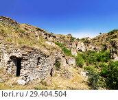 Купить «The abandoned cave city of Khndzoresk in Armenia», фото № 29404504, снято 24 сентября 2018 г. (c) Наталья Волкова / Фотобанк Лори