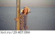Купить «happy smiling girl enjoying sun, dancing and laughs, calls for you with gesture», видеоролик № 29407084, снято 3 ноября 2018 г. (c) Ирина Мойсеева / Фотобанк Лори