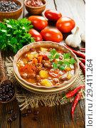 Купить «Томатный суп с красной фасолью», фото № 29411264, снято 3 октября 2018 г. (c) Надежда Мишкова / Фотобанк Лори