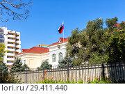 Купить «Посольство Российской Федерации в Баку. Азербайджан», фото № 29411440, снято 26 сентября 2017 г. (c) Евгений Ткачёв / Фотобанк Лори