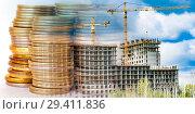 Купить «Панорама строительства на фоне денег», фото № 29411836, снято 24 мая 2019 г. (c) Сергеев Валерий / Фотобанк Лори