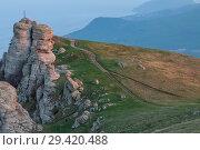 Купить «Rock formations of the Demerdji mountain, Crimea, Russia. Valley of Ghosts, landmark of Crimea», фото № 29420488, снято 22 января 2019 г. (c) Владимир Пойлов / Фотобанк Лори