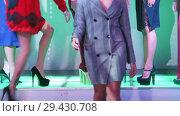 Купить «Fashion Show. Female models walk on the runway in dresses», видеоролик № 29430708, снято 12 декабря 2018 г. (c) Константин Шишкин / Фотобанк Лори